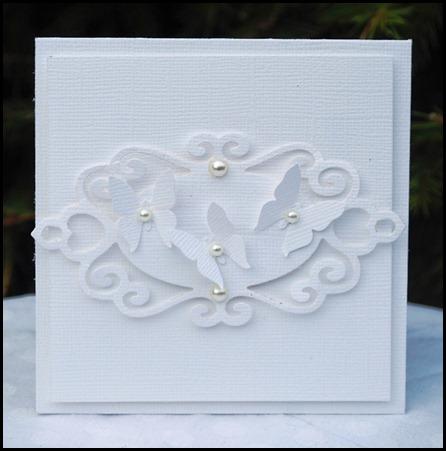 vita fjärilar