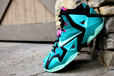 nike lebron 11 gr south beach 3 02 A Fresh Look at Upcoming Nike LeBron XI South Beach