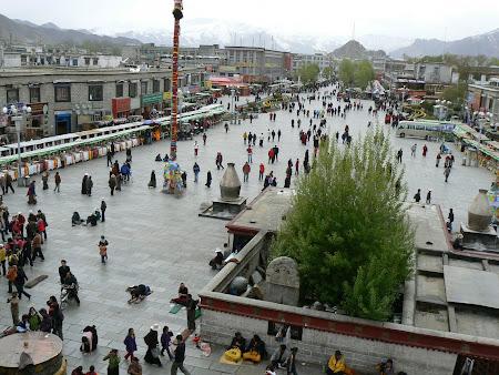 Tibet: Jokhang square