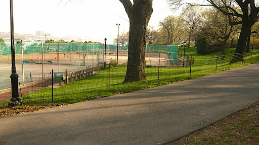 A brief detour off Cherry Walk takes me around the 96th Street Clay Tennis Courts. At one time, much of the green space around the courts was a run down, weed choked, neglected patch of litter strewn sadness. The courts and gardens are part of the Riverside Clay Tennis Association.