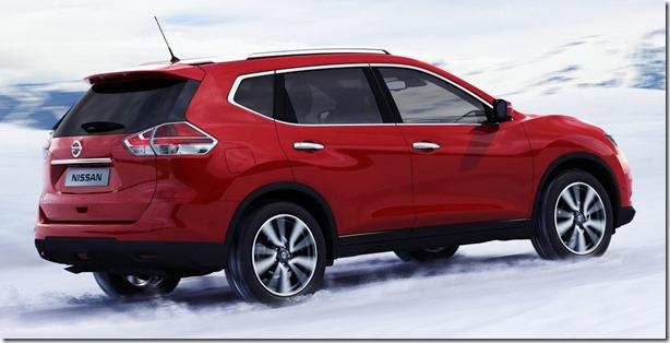 2014-Nissan-X-Trail-Rogue-10[2]