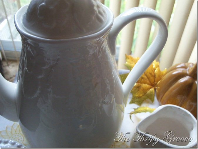 White Wedgwood tea 009