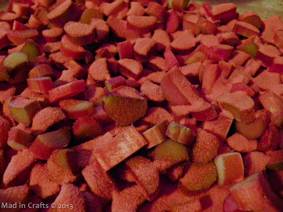 sprinkle jello on rhubarb