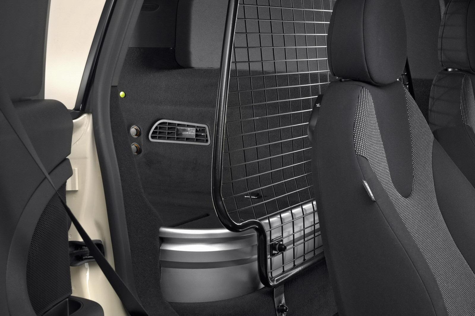 2013-Mini-Clubvan-Production-Model-11.jpg?imgmax=1800