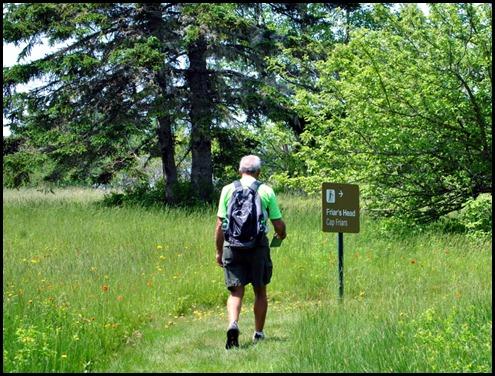 01c - Friar's Head Hike - Through the meadow