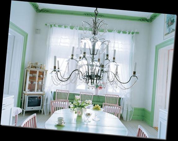 candelabro techo velas antiguo comedor rosa blanco y verde