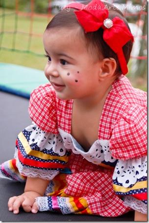 1º aninho Isadora, 05-06-2011..  Thiely  Mariano (69)