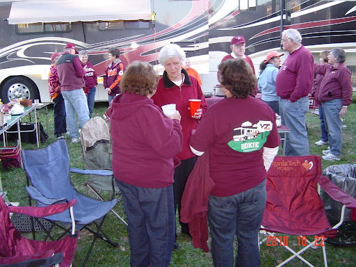 Big HT Tailgate Crowd