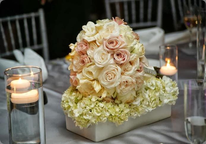 bouquets as centerpieces 313717_10150273230915764_149288420763_8191583_1711898107_n ARRANGEMENTS