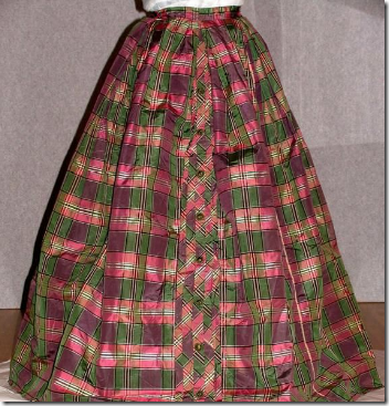 Australian Dress Register - Tartan Skirt
