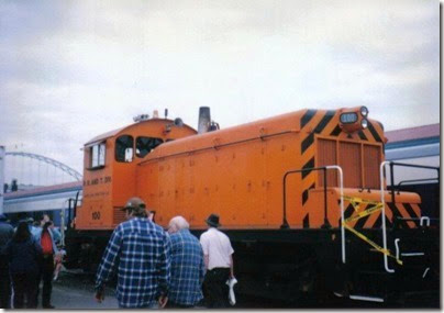 Portland Traction SW1 #100 at Portland Union Station on May 11, 1996