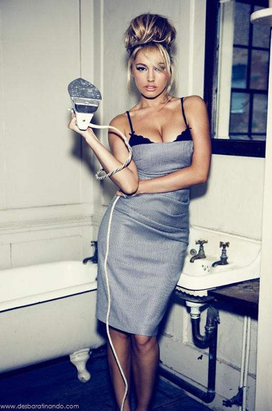 Kelly-Brooklinda-sensual-photoshoot-pics-boob-desbaratinando (4)