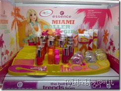 stand essence miami roller
