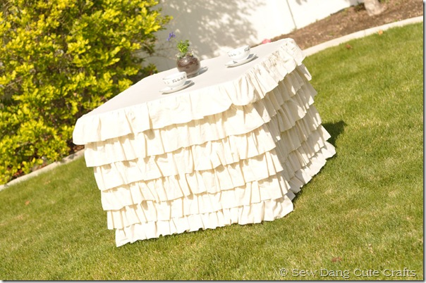 Ruffled-Tablecloth-2