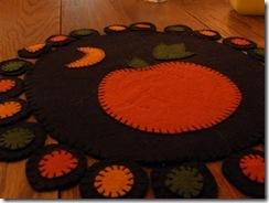 pumpkin rug  03