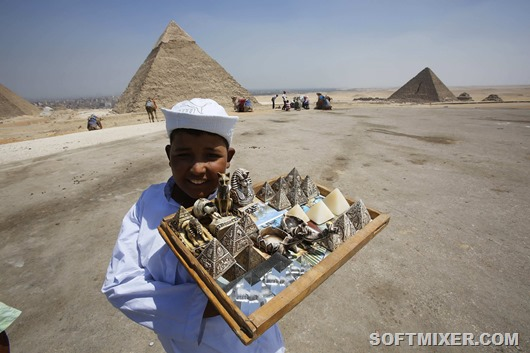 Egypt_tourism_pyramides