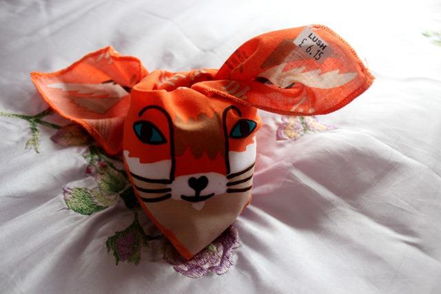 lush-cosmestics-foxy-knot-wrap