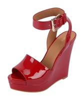 NWLEIGHANN3-RED  - AED 329