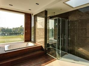 interiorismo y decoracion en baño moderno