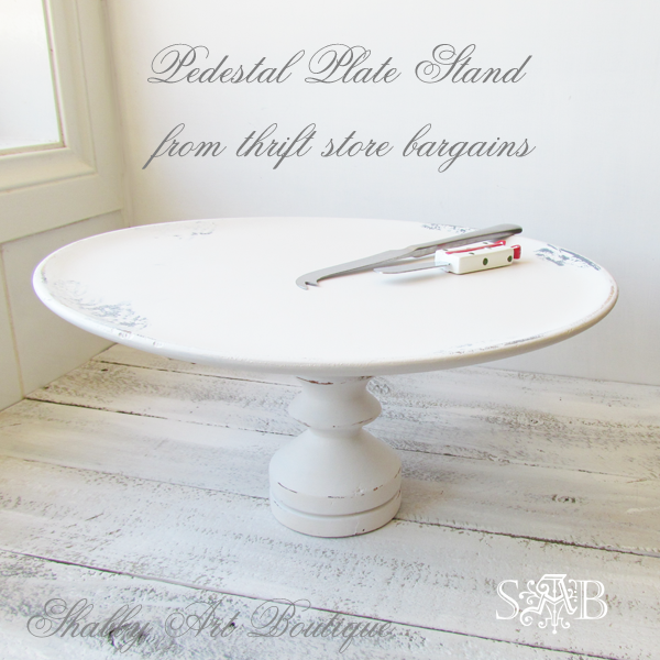 Shabby Art Boutique pedestal plate stand