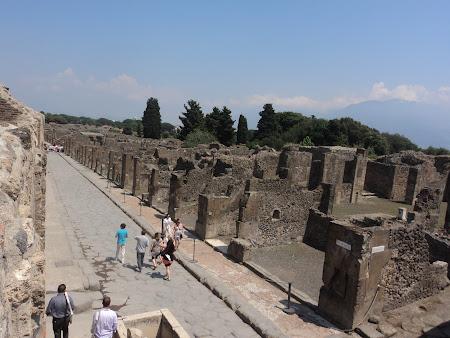 47. Pompei - Pe strazile antice.JPG