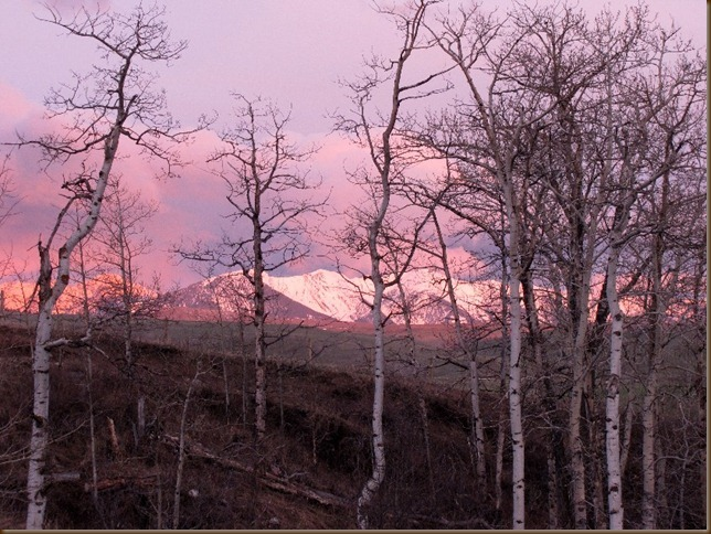 Sunrise on the West Boulder Mtns