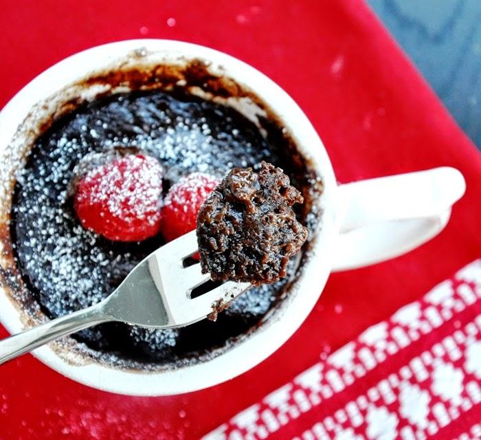 chocolate brownie in a mug (25)