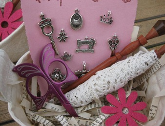 SAL pink prize