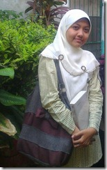 Siti Nurjalilah 380242_1642934449666_1726018258_873827_1676022805_n