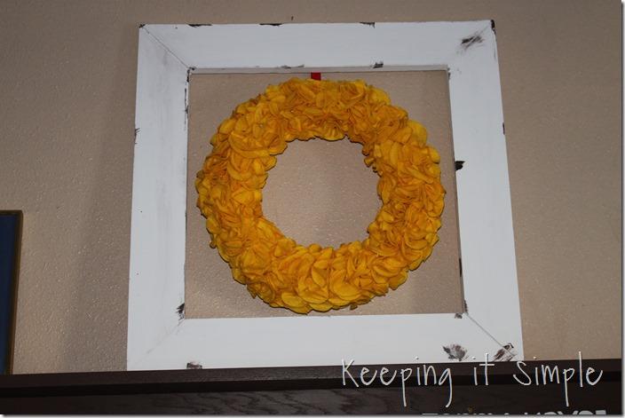 Circle felt wreath (6)