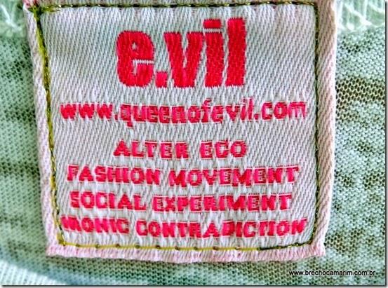 camiseta Evil Brecho Camarim-004
