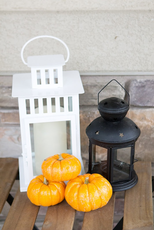 Halloween Lanterns and pumpkins