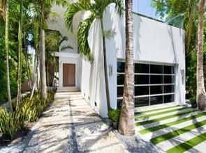 fachada-casa-en-Miami-Beach-Luis-Bosch