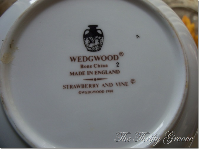 White Wedgwood tea 011