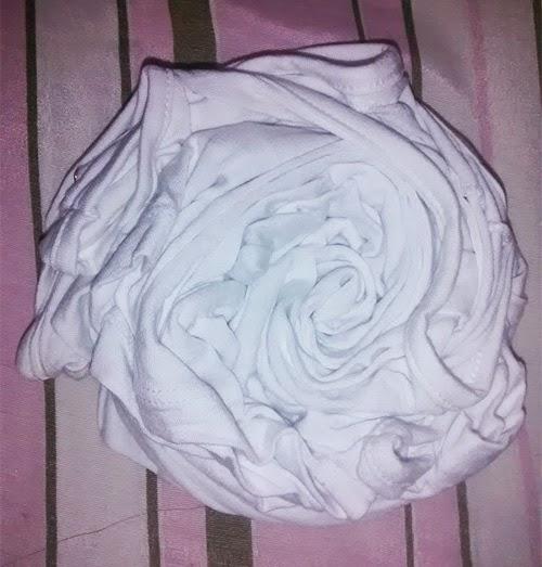 como-fazer-camiseta-customizada-tie-dye-tinta-tecido.jpg