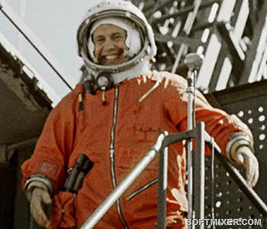 Cosmonaut-Pavel-Popovich-001