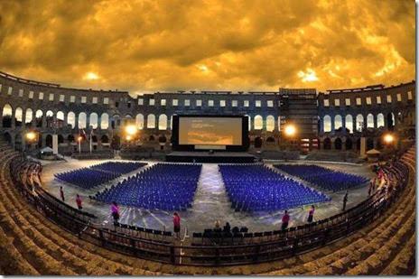 movie-theatre-amazing-012