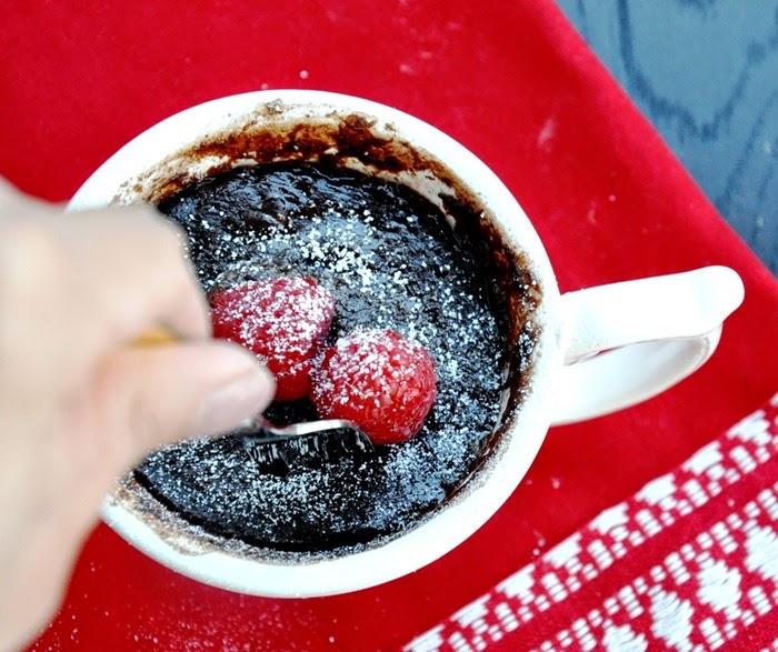 chocolate brownie in a mug (24)