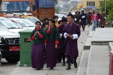 Imagini Thimphu: liceeni Bhutan