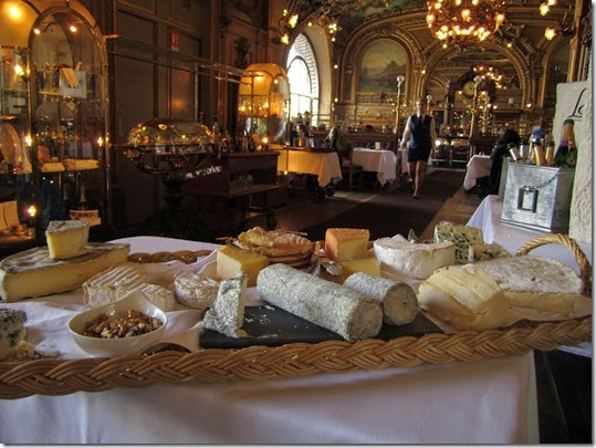 Le Train Bleu 9 - Cheese
