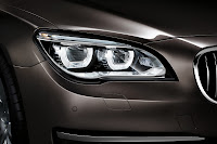 2013-BMW-7-Series-30.jpg