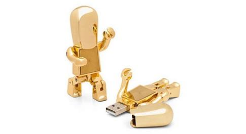 11. Robot de oro USB