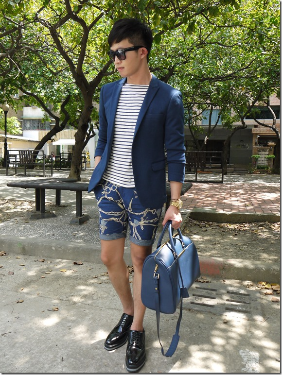 Wei's Stripe Look-dresscode bag-prada shoes5