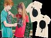 Camiseta Hering Kids com estampa de lousa para as crianças.