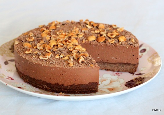 Nutella Cheesecake recipe by Baking Makes Things Better