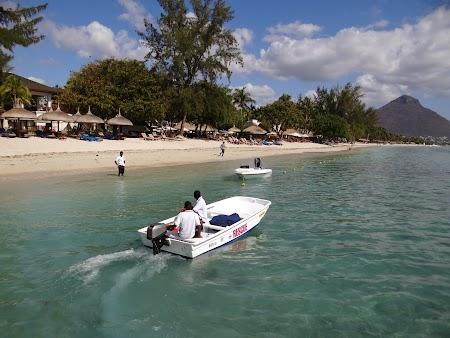 11. Plaja Mauritius.JPG