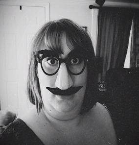 mustachmom