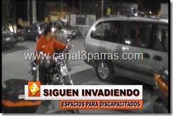 11 IMAG. SIGUEN INVADIENDO ESPACIOS PARA DISCAPACITADOS.mp4_000084084