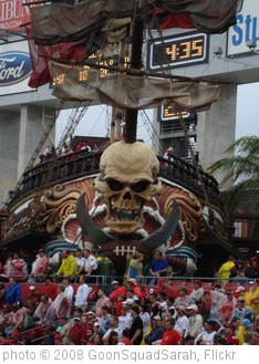 'Tampa Bay Buccaneers Pirate Ship' photo (c) 2008, GoonSquadSarah - license: http://creativecommons.org/licenses/by-nd/2.0/