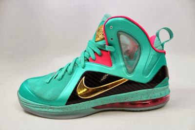 nike lebron 9 ps elite statue of liberty pe 5 10 It Takes $12,900 To Own Two Pairs of Rare LeBron 9 PS Elite PEs